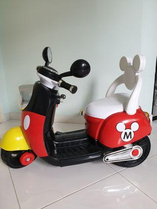 🚚 Kids electric scooter
