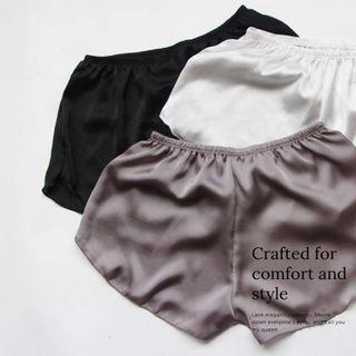 柔滑光澤緞面絲質寬鬆素面內搭短褲家居褲睡褲安全褲 黑色/灰色/白色.UnderWar歐美風格FE17絲光感