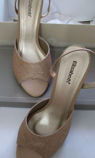 Elizabeth shoes