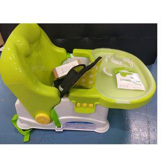 BRAND NEW baby booster seat
