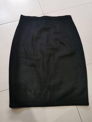 Black strap skirt