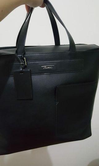 TUMI black leather boulevard tote #totebag #branded #luxury