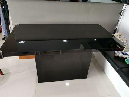 Tempered Glass Dining Table with storage