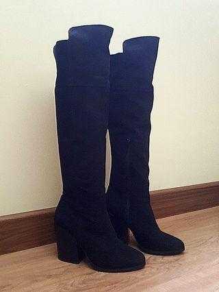 Black faux suede knee boots