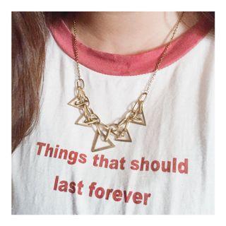 台中市區可面交👌  二手項鍊 復古金色浮誇三角項鍊