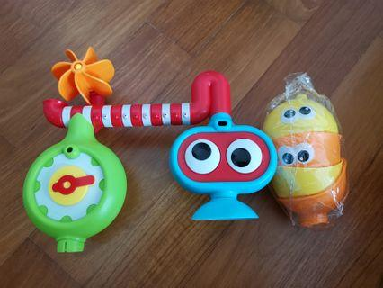 Water play toys
