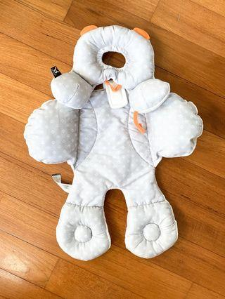 🚚 Ben Bat Travel Friends Reversible 3 in 1 Infant head and body support