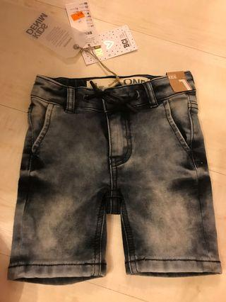 Boy/toddler Denim shorts 小童牛仔短褲