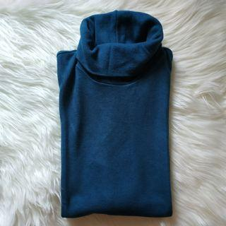 UNIQLO HEATTECH TURTLENECK