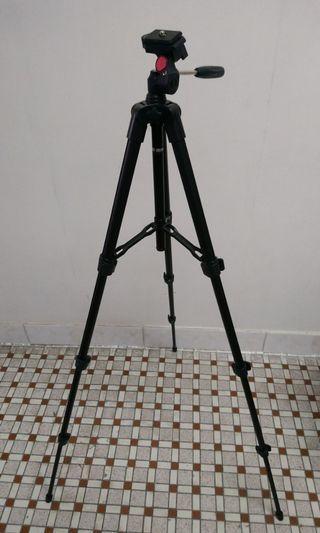 相機三腳架 Camera Tripod