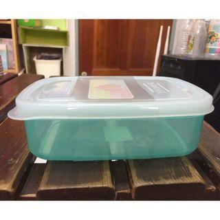 🚚 KEYTOSS 詰朵斯 微波 密封 保鮮盒 綠色 K801 15*11*5cm (590ML)