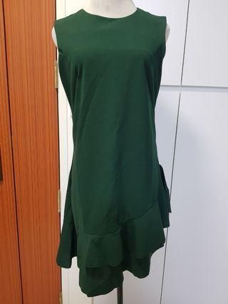 BN Green ruffled dress