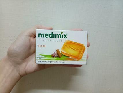 🚚 MEDIMIX檀香美膚皂(六入)