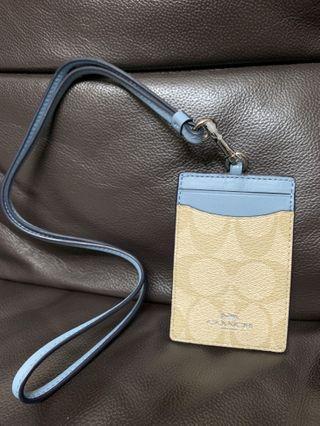 現貨全新Coach 粉藍色c logo 掛頸證件套/証件套/卡套一個