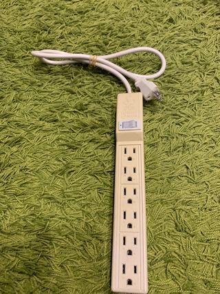 🚚 延長線 一公尺 斷電開關 六個接地線插座