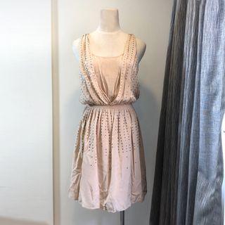 🚚 CLUB MONACO 歐美鉚釘粉膚色連身裙