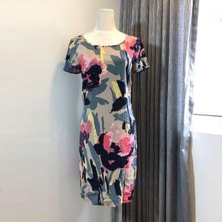 🚚 DKNY亮片花朵歐美風格洋裝