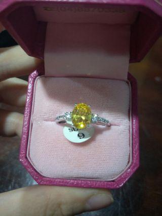 🚚 黃水晶戒指