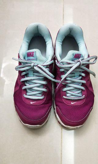 Nike球鞋(23)