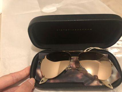 Victoria Beckham 18k gold sunglasses