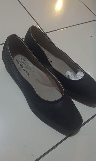 Scholl Shoes Black Sepatu Hitam