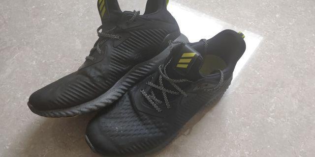 Adidas alphabounce 跑鞋 us 11