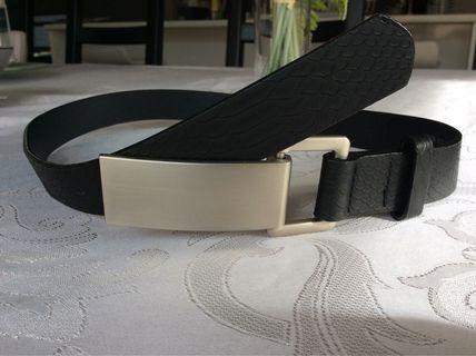 Forever New belt size 6