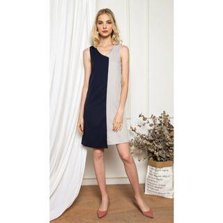 🚚 BN The Stage Walk Avena Colourblock Shift Midi Dress in Navy