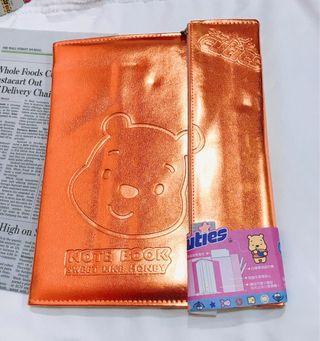 🚚 迪士尼維尼熊筆記夾
