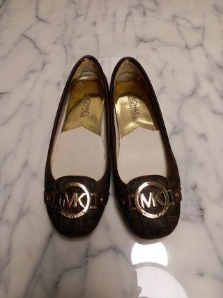 Michael Kors 平底鞋