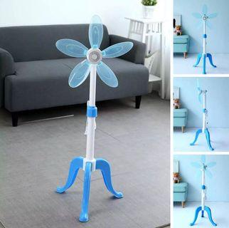 Portable tripod fan