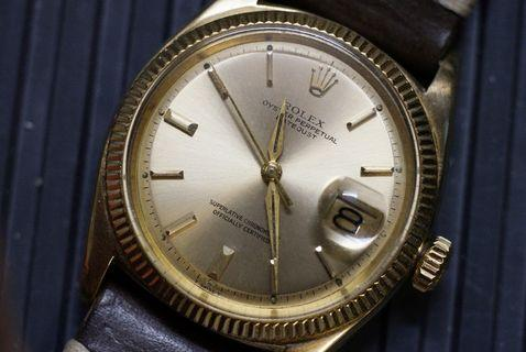 早期 Rolex 1601 14k gold 幼牙尖針