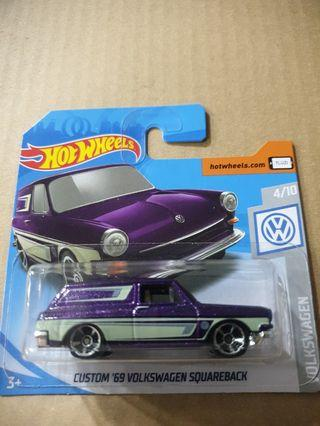Hot Wheels Custom 69 Volkswagen Squareback