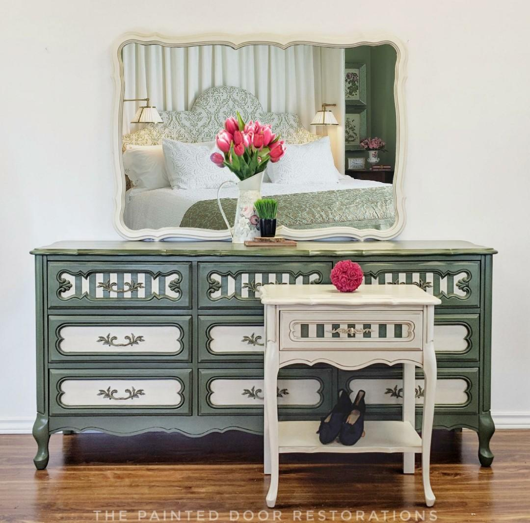 3 DAY FLASH SALE: 3 Piece Antique French Provincial Bedroom Set
