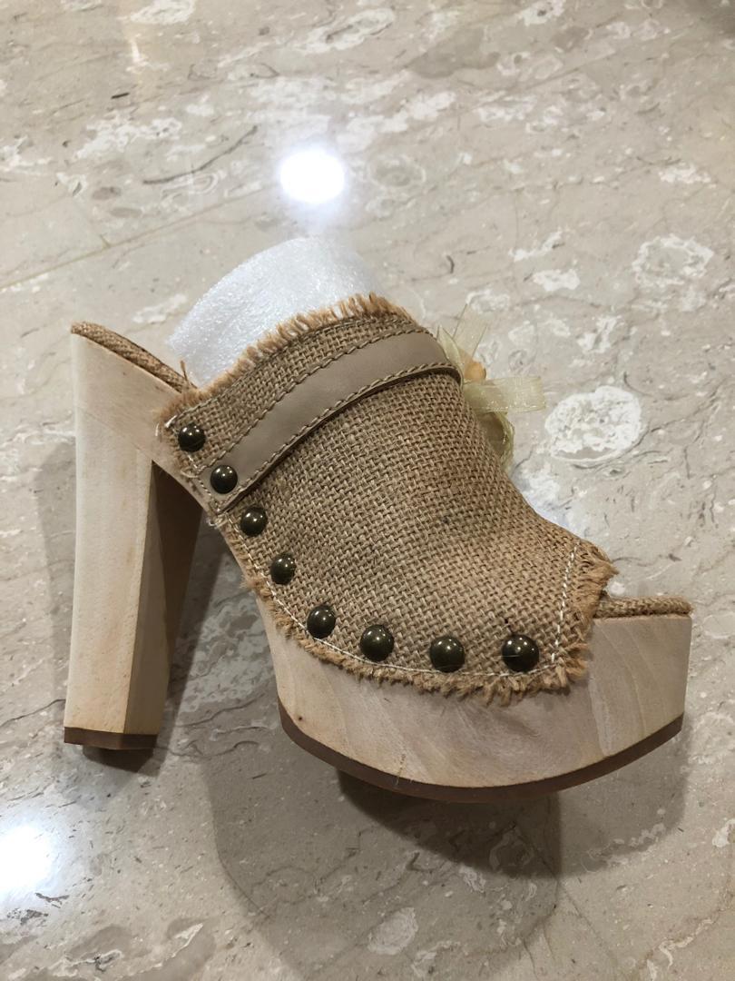 Aldo Heels (brand new)