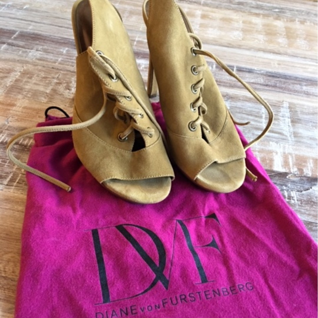 Beautiful designer (DVF) suede lace-up heels on sale!!