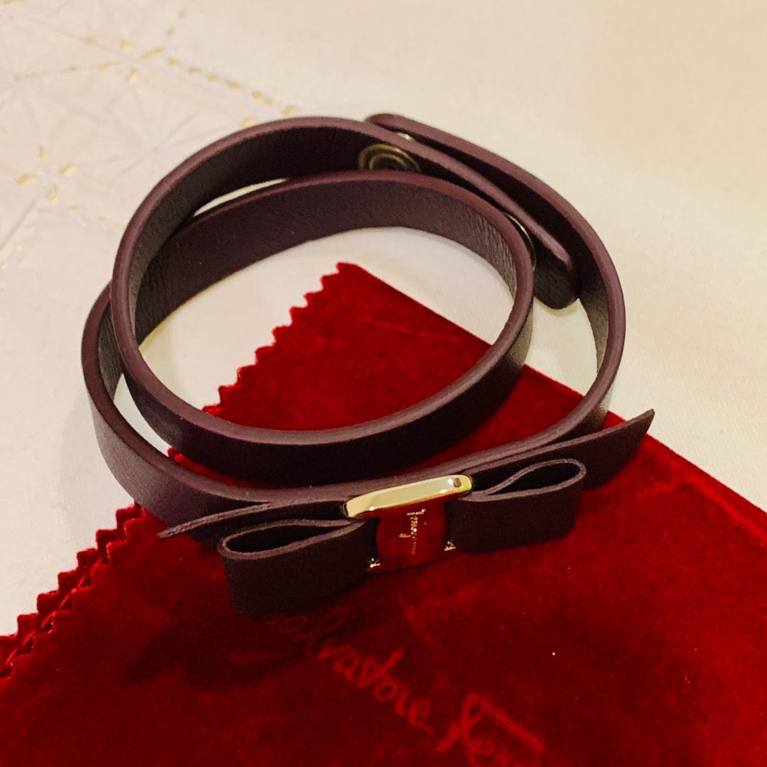 Ferragamo Vara Bow Bracelet *authentic*