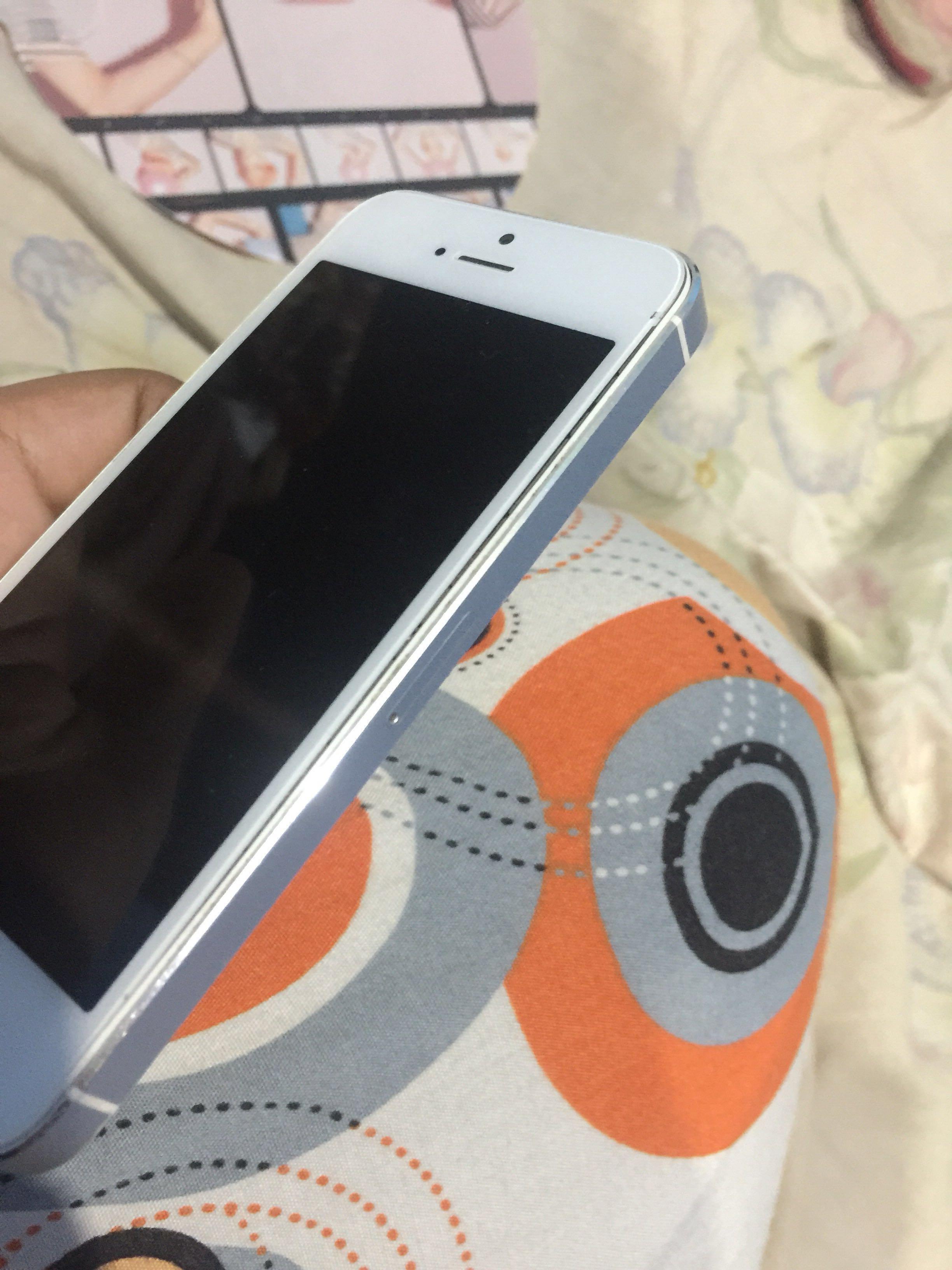 iPhone 5s 16 GB (BACA DESKRIPSI!!)