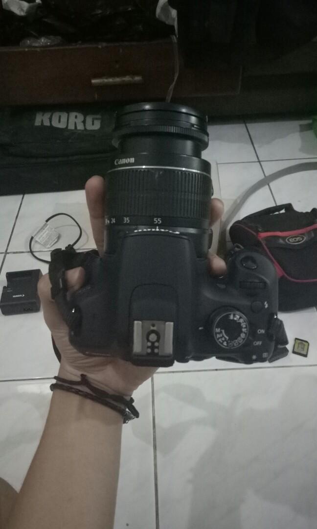 (Jual rugi) kamera Canon EOS 1200D KIT III dikasih semuanya