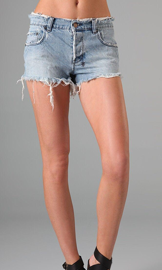 Ksubi Alberceque Denim Cut Off Shorts in Hayday Mayday (Brand New), Size 26. RRP $179.95
