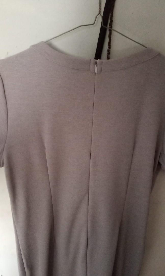 Mididress grey (Bodyfit)