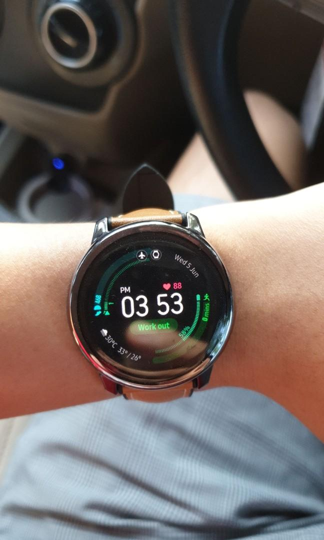 Samsung galaxy active smartwatch. Brand new condition