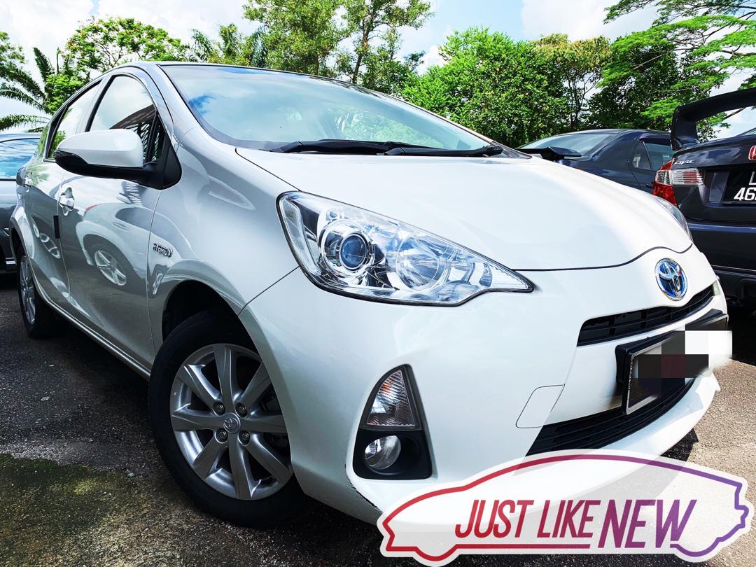 Toyota Prius C 1.5 Auto‼️Takde lesen full loan ptptn problem semua boleh‼️