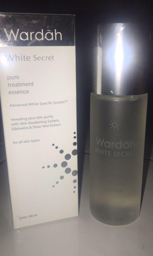 Wardah White Secret Essence
