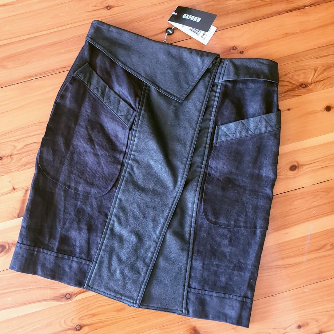 Women's size 8 'OXFORD' Stunning black linen skirt with faux leather trim - BNWT RRP $169