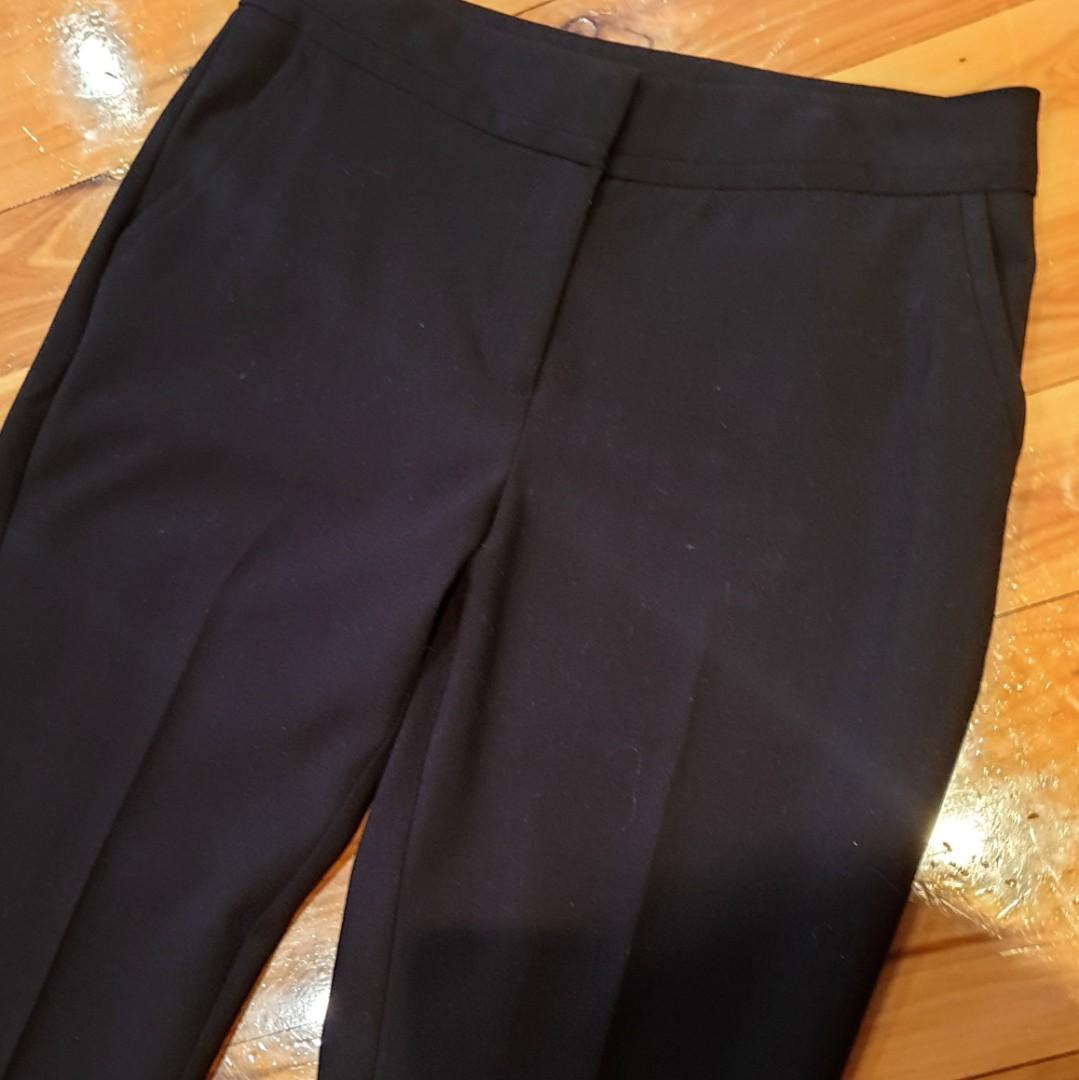 Women's size 8 'PORTMANS' Gorgeous black pants perfect for the office - AS NEW