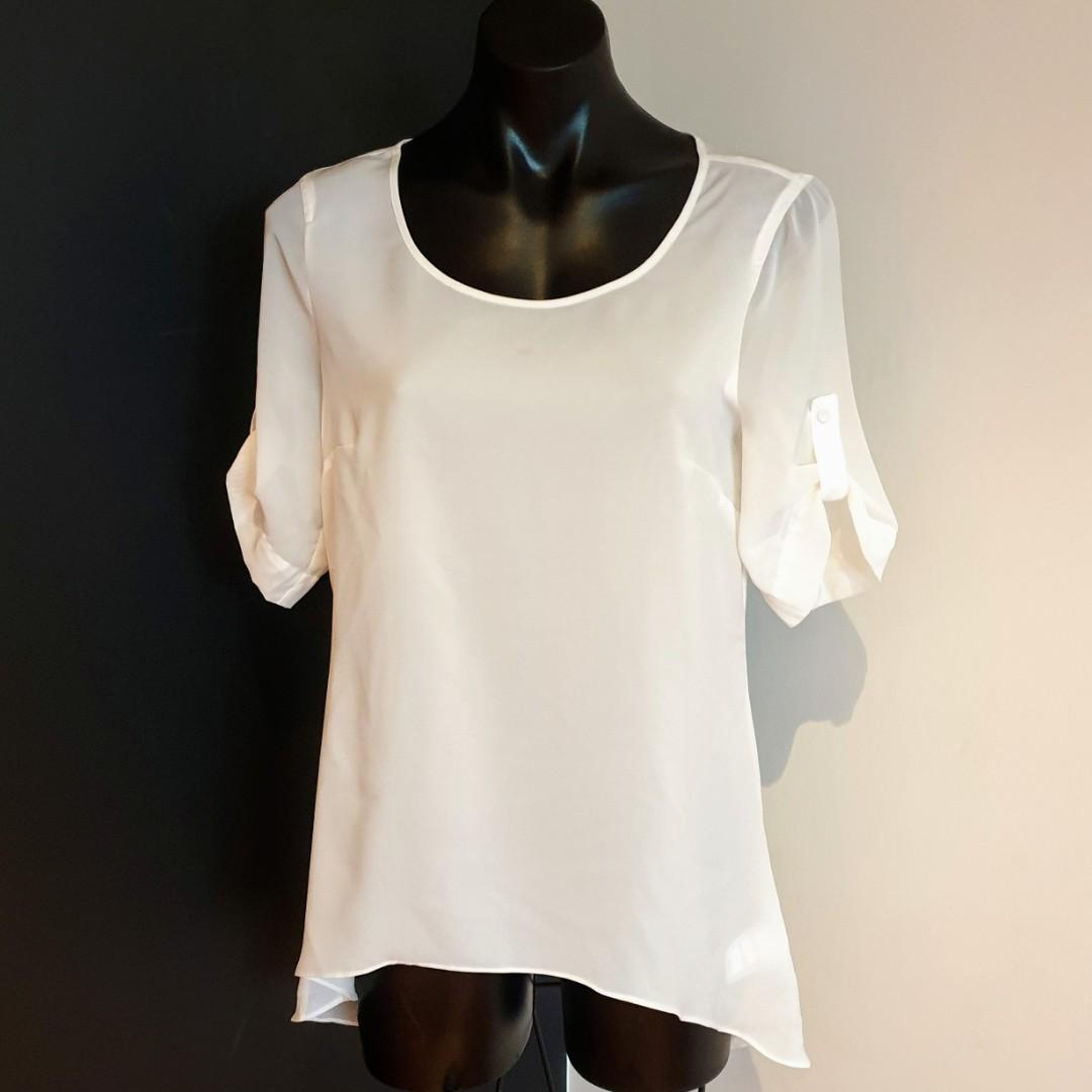 Women's size 8 'PORTMANS' Gorgeous white short sleeve blouse top - AS NEW