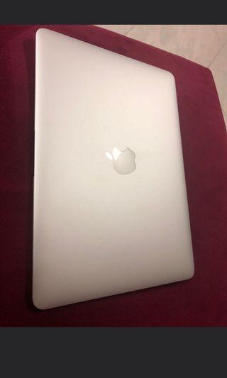 🚚 Macbook air 13inch i5 2013