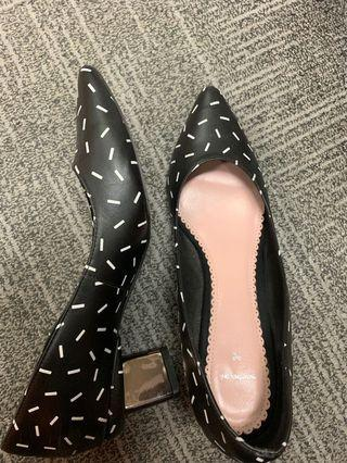 Chic Martina pink Black pointed working heels/shoes comfy