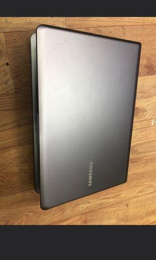 🚚 Samsung NP530 i5
